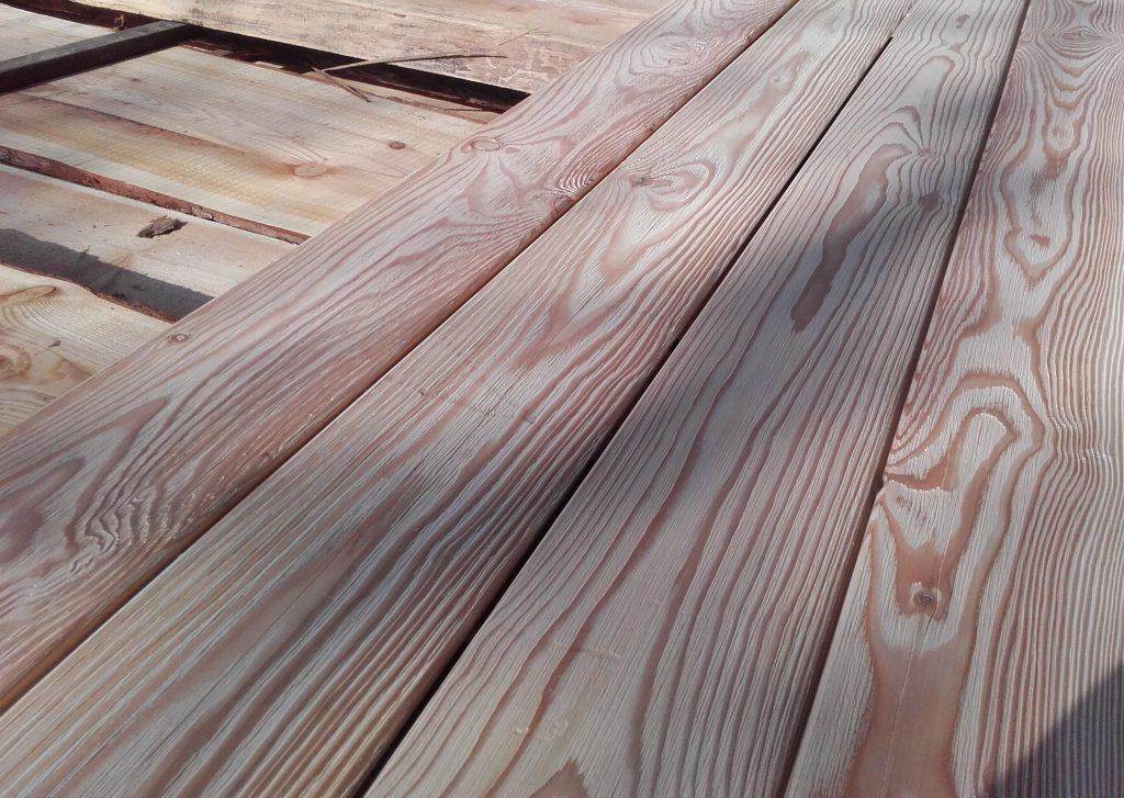 kefované drevo